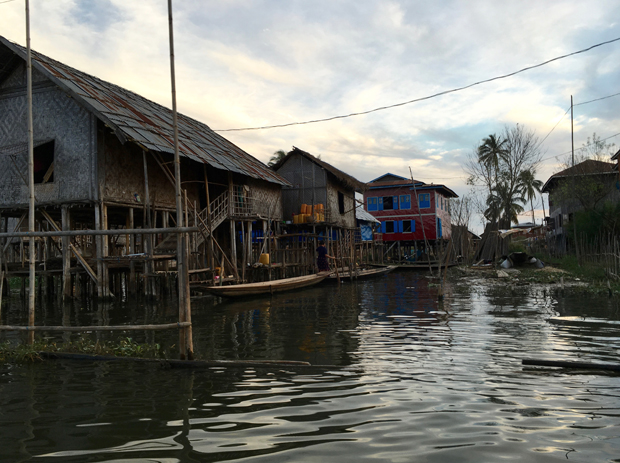 Home_Lago_Inle-02
